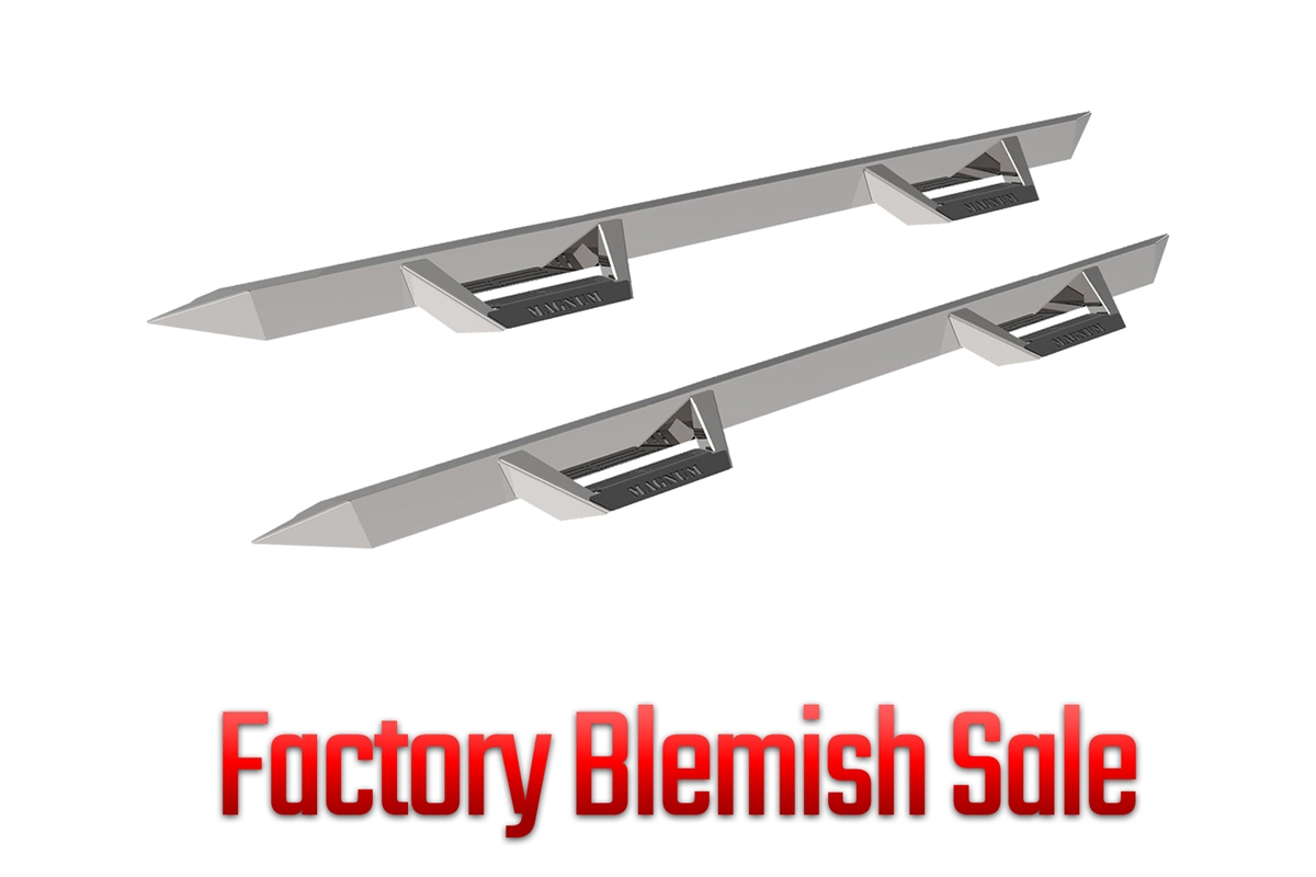 Factory Blemish Magnum RT Steps - Stainless Steel - Cab Length